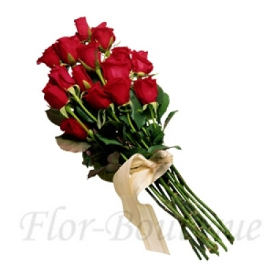 Букет из 15 красных  роз (стандарт)