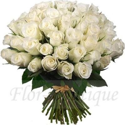 Букет из 51 белой розы (стандарт)