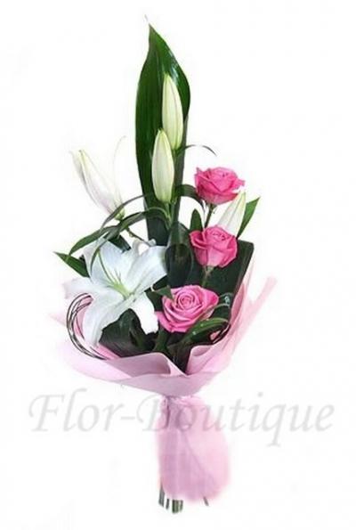 Букет из роз и лилий.Доставка цветов Хабаровск.