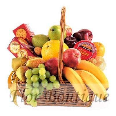 Корзина с фруктами.